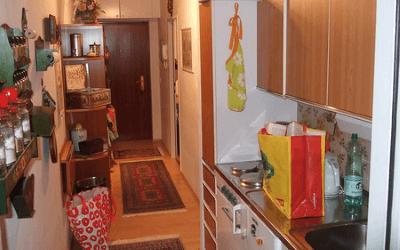 Можно ли совмещать кухню с коридором?
