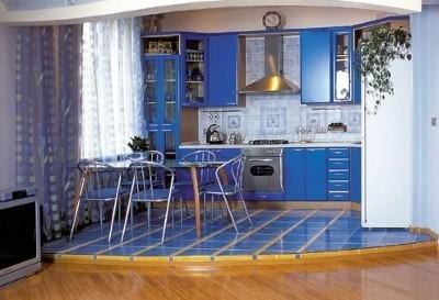 Можно объединить кухню с комнатой?