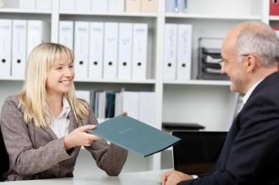 Регистрация договора дарения квартиры в МФЦ — где зарегистрировать дарственную в Росреестре в 2019 году
